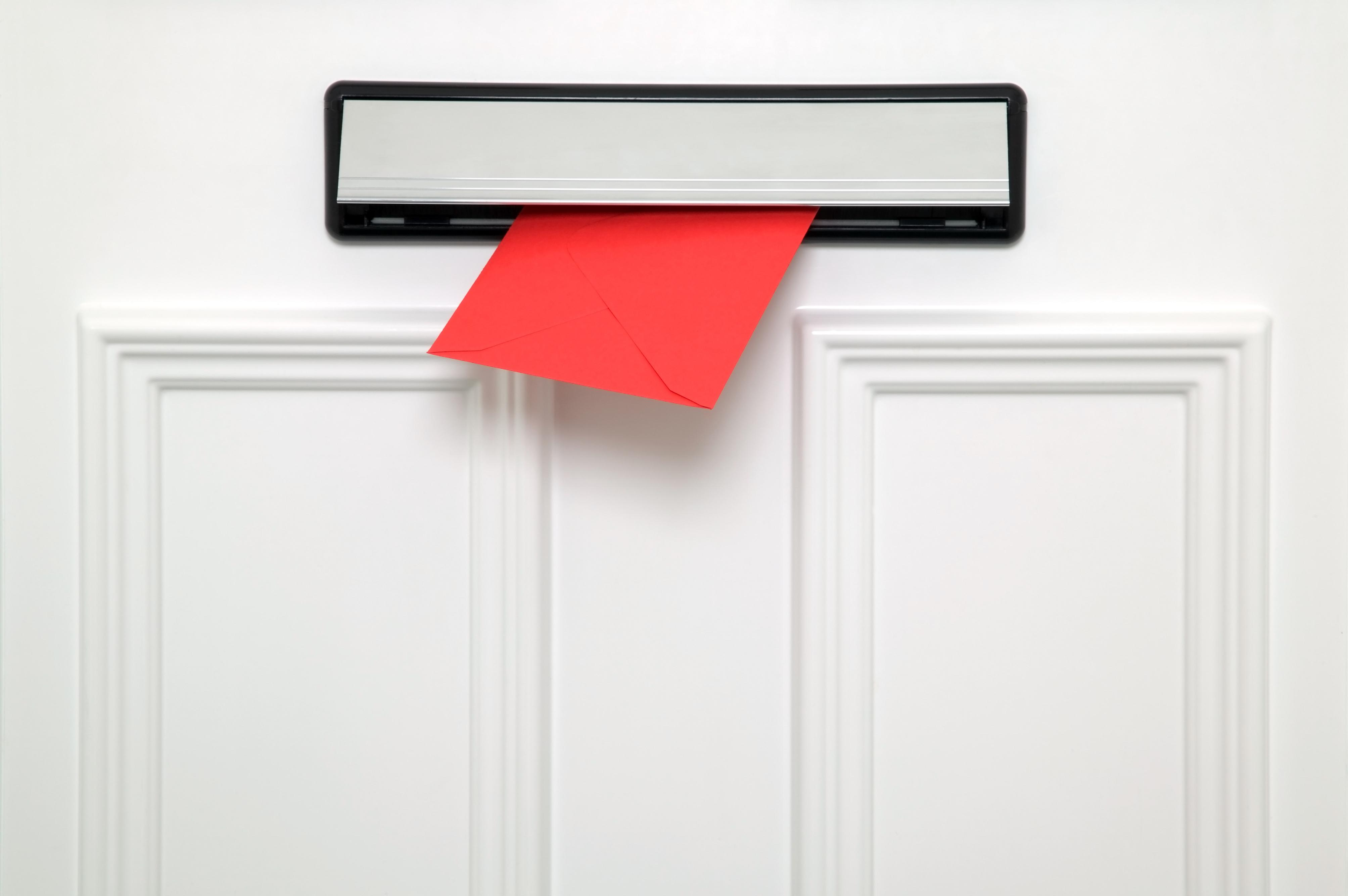 Door Drop Vs Direct Mail
